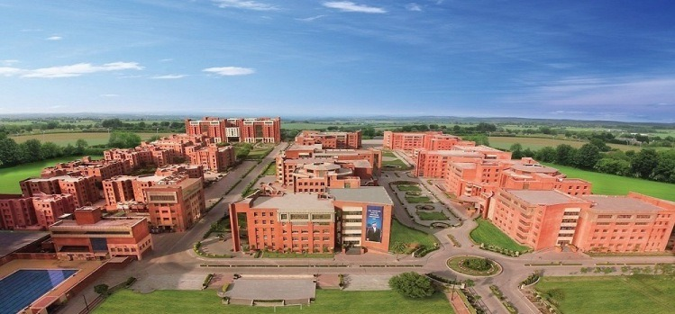 Fees Structure And Courses Of Amity University Gwalior 2020