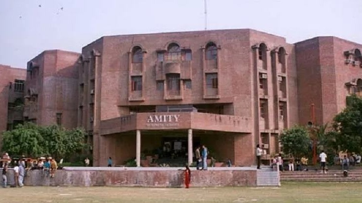 Fees Structure And Courses Of Amity University Noida 2020