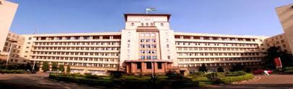 Fees Structure And Courses Of Grant Medical College And Sir