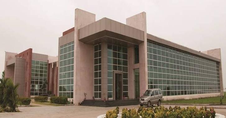 Jaipuria Institute of Management, Indore - Courses, Fees