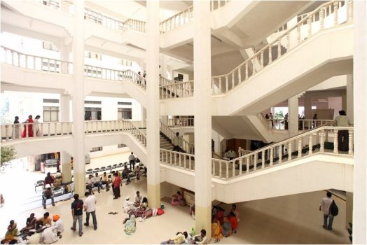 Fees Structure And Courses Of Padmashree Dr Dy Patil Medical College Hospital And Research Centre Pddpmcharc Pune 2020