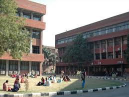 Post Graduate Government College For Girls Chandigarh Courses Fees Admission Ranking Review Placements And More