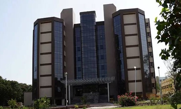 Fees Structure And Courses Of Sardar Vallabhbhai National Institute Of Technology Svnit Surat 2020