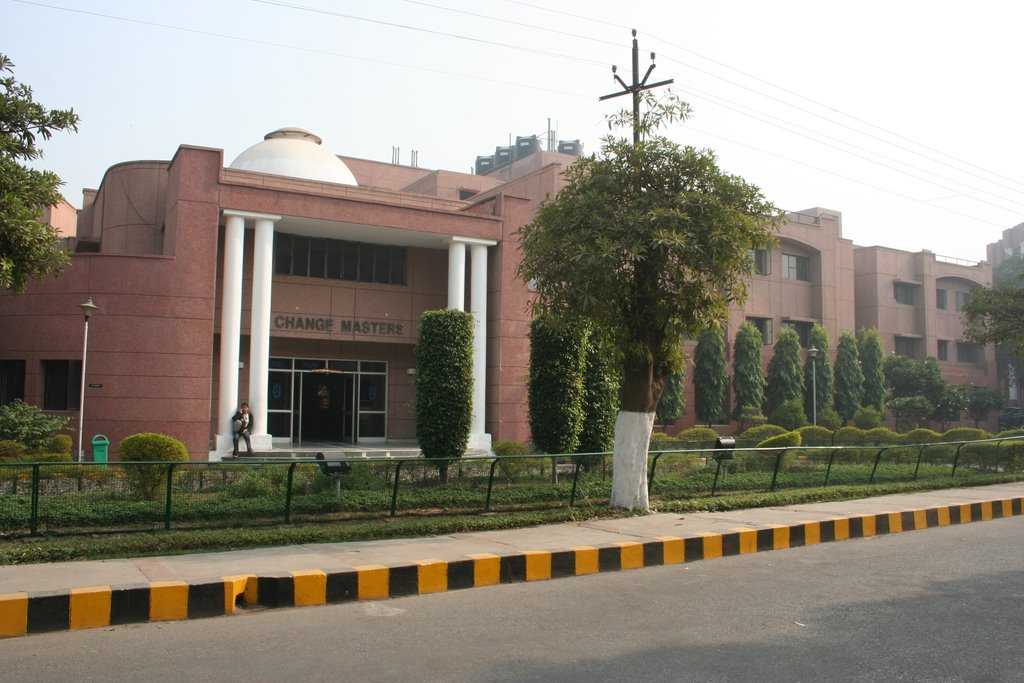 Fees Structure And Courses Of Management Development Institute Mdi